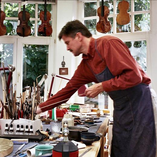 Fotoreportage: Werkstatt für Geigenbau in Hannover