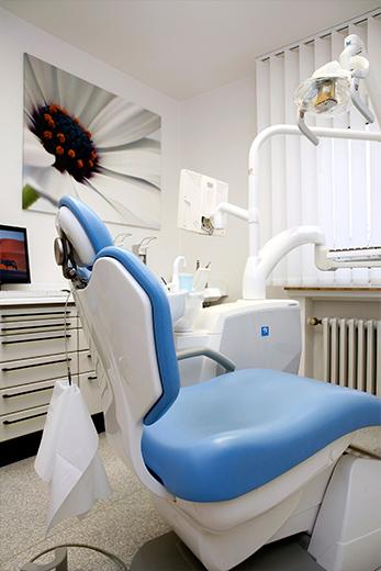 Fotostrecke Unternehmen - Zahnarztstuhl