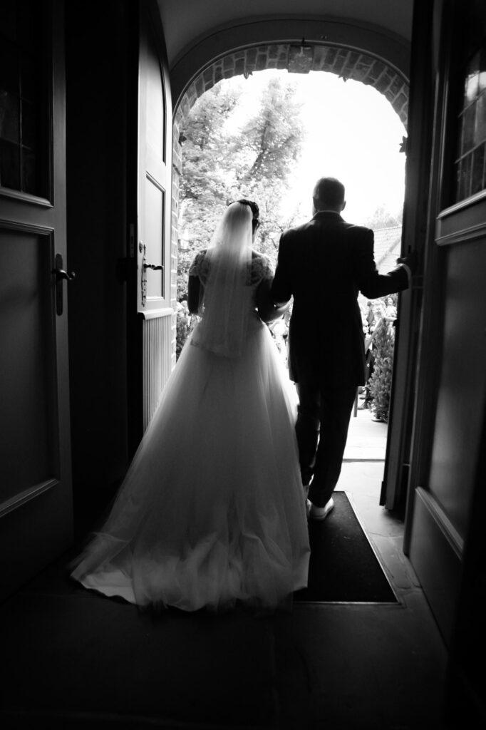 Fotografin, Fotoshooting, Gruppenfoto, Gruppenfotos, Hannover, Hochzeit, Hochzeitsfotos, Hochzeitsreportagen, Kirche, Kirchliche Trauung, Niedersachsen, Paarfotos, Paarshooting, Standesamt, Taufe