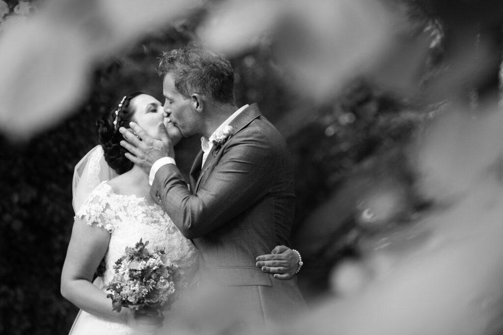 Fotografin, Fotoshooting, Gruppenfoto, Gruppenfotos, Hannover, Hochzeit, Hochzeitsfotos, Hochzeitsreportagen, Kirche, Kirchliche Trauung, Niedersachsen, Paarfotos, Paarshooting, Standesamt